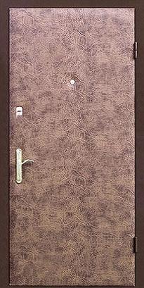 дверь с отделкой винилискожей